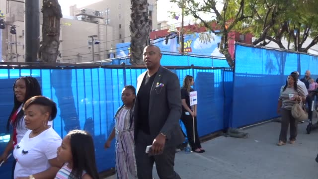 caron butler outside the toy story 4 premiere at el capitan theatre in hollywood in celebrity sightings in los angeles, - el capitan theatre stock videos & royalty-free footage