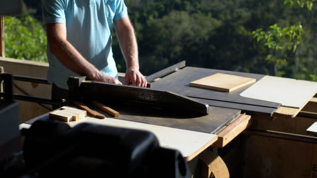 carpenter using circular saw - 65 69 years stock videos & royalty-free footage
