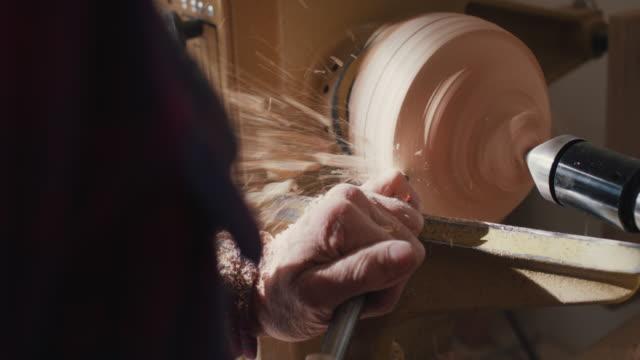 carpenter working - heimwerken stock-videos und b-roll-filmmaterial