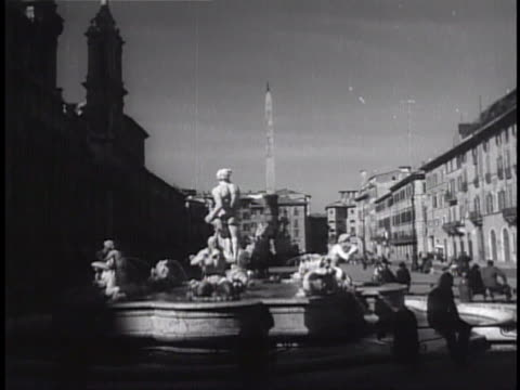 rome italy cityscape carriage driver by fountain in plaza baroque architecture building bg vs southern end of piazza navona behind fontana del moro... - piazza navona stock videos & royalty-free footage