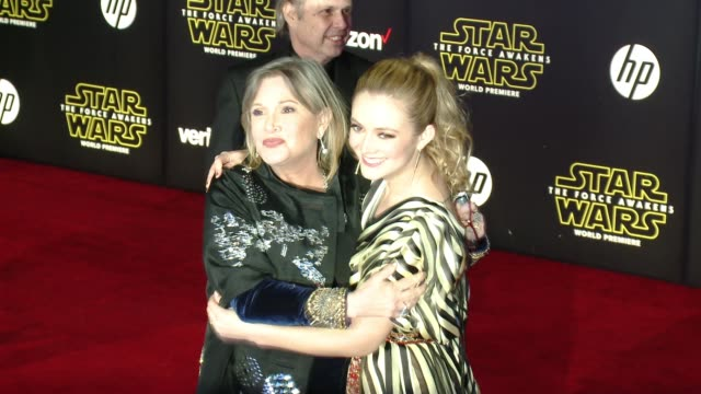 carrie fisher and billie catherine lourd at the star wars the force awakens world premiere at tcl chinese theatre on december 14 2015 in hollywood... - star wars stock videos & royalty-free footage