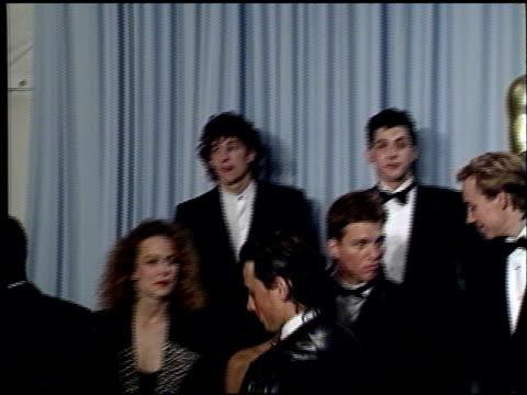 vidéos et rushes de carrie hamilton at the 1989 academy awards at the shrine auditorium in los angeles, california on march 29, 1989. - 61e cérémonie des oscars