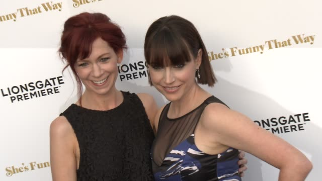 """carrie preston and julie ann emery at the """"she's funny that way"""" los angeles premiere at harmony gold theatre on august 19, 2015 in los angeles,... - she's funny that way点の映像素材/bロール"""