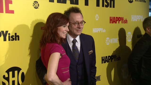 """carrie preston and michael emerson at the showtime premiere of the original comedy series """"happyish"""" at sunshine cinema on april 20, 2015 in new york... - showtime video stock e b–roll"""