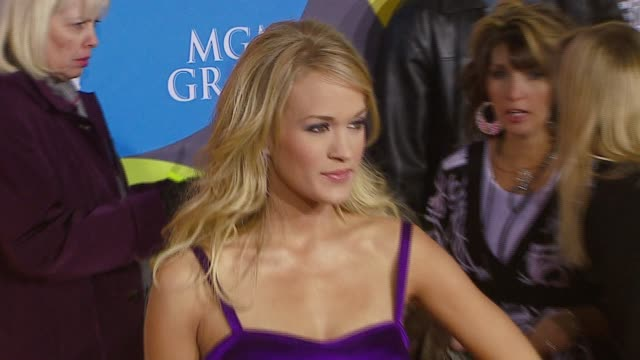 carrie underwood at the 2006 billboard music awards at the mgm grand hotel in las vegas nevada on december 4 2006 - mgm grand las vegas stock videos & royalty-free footage