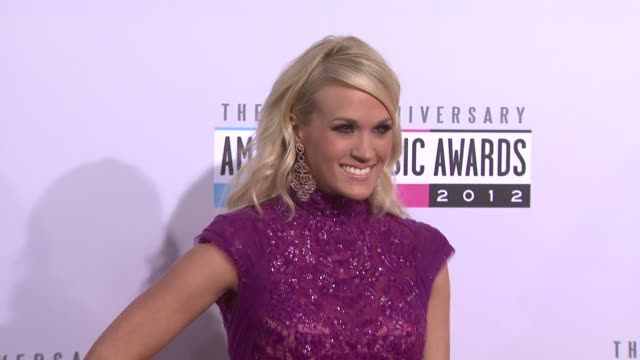 vídeos de stock e filmes b-roll de carrie underwood at the 40th american music awards arrivals on in los angeles ca - american music awards
