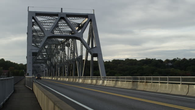 cars driving over rip van winkle bridge - hudson valley stock videos and b-roll footage