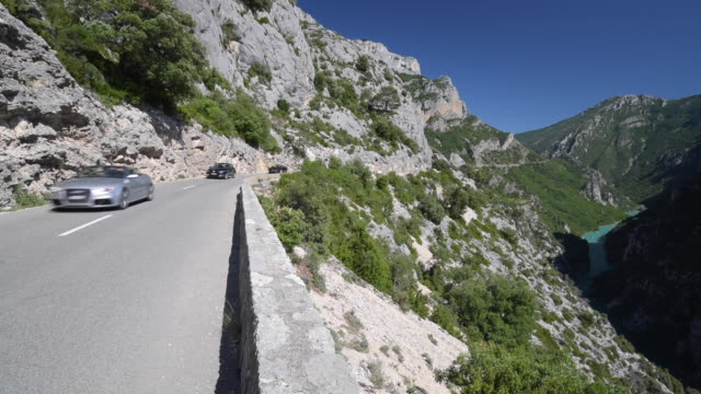 Cars on mountain road in Grand Canyon du Verdon