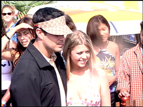 Carson Daly at the 2000 Teen Choice Awards at Barker Hanger in Santa Monica California on August 5 2000