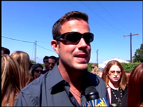 Carson Daly at the 2001 Teen Choice Awards Arrivals at Universal Amphitheatre in Universal City California on August 12 2001