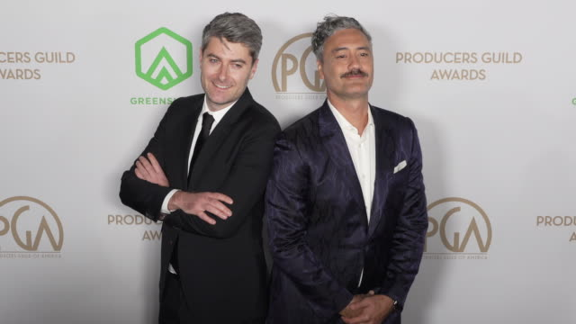 carthew neal and taika waititi at the producers guild awards at hollywood palladium on january 18, 2020 in los angeles, california. - arts culture and entertainment stock videos & royalty-free footage