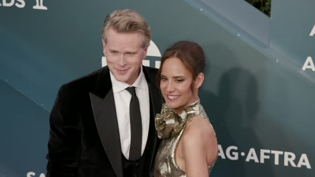 cary elwes and lisa marie kubikoff at the 26th annual screen actors guild awards - arrivals at the shrine auditorium on january 19, 2020 in los... - screen actors guild awards stock videos & royalty-free footage