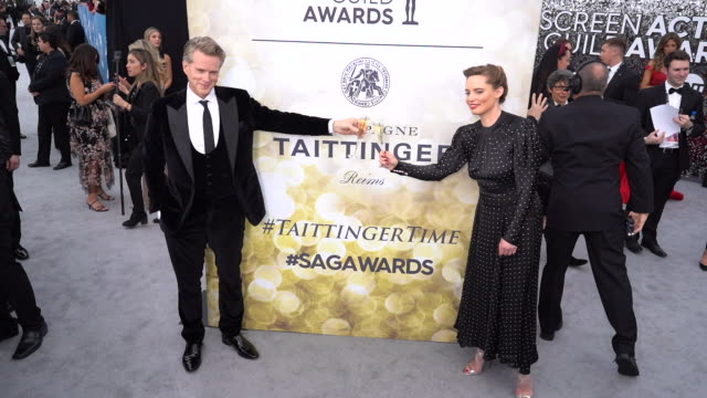 cary elwes, lisa marie kubikoff at the 26th annual screen actorsguild awards - red carpet roaming at the shrine auditorium on january 19, 2020 in... - shrine auditorium stock videos & royalty-free footage