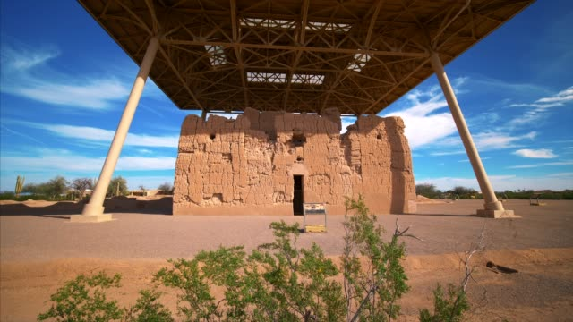casa grande ruins national monument contains the structural ruins of a group of ancient pueblo native american indians - adobe bildbanksvideor och videomaterial från bakom kulisserna
