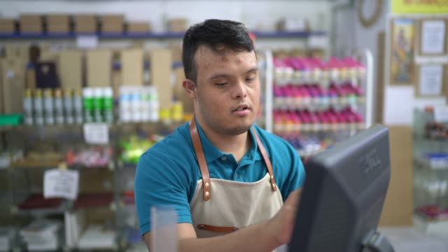 cashier using touch screen monitor in a store - assistant stock videos & royalty-free footage
