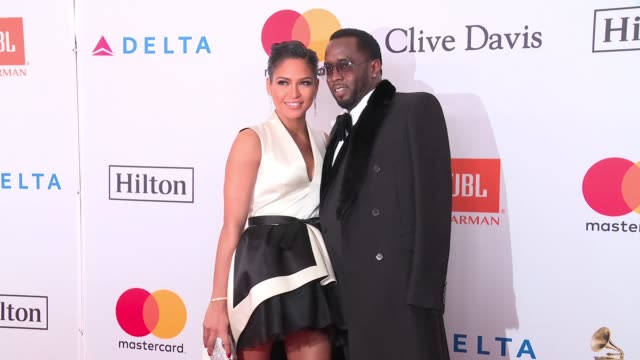 vídeos de stock, filmes e b-roll de cassie ventura and sean 'diddy' combs at clive davis pregrammy gala at sheraton times square on january 27 2018 in new york city - sean combs