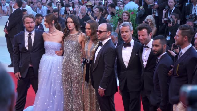 cast and crew of 'vox lux' arrive on the red carpet during the 75th venice film festival on september 4 2018 in venice italy - film festival stock videos & royalty-free footage