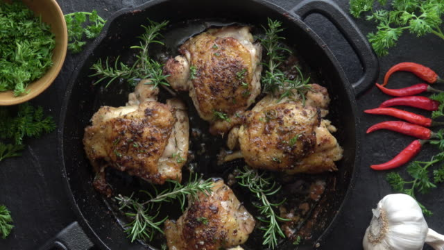 cast iron chicken chicken thighs - meal prepping stock videos & royalty-free footage