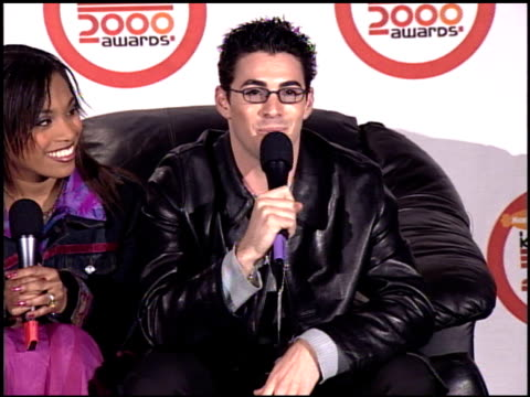 stockvideo's en b-roll-footage met cast of all that at the 2000 nickelodeon kids' choice awards press room at ucla in westwood california on april 14 2000 - nickelodeon kids' choice awards