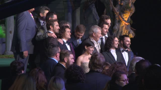 cast pose for a photo at 'the hobbit: the battle of the five armies' world premiere at odeon leicester square on december 01, 2014 in london, england. - the hobbit: the battle of the five armies stock videos & royalty-free footage