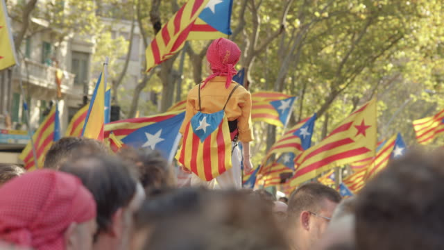 casteller kid at catalonia demonstration movement for the independence from spain. barcelona during 11 september 2019. catalan national day - referendum stock videos & royalty-free footage