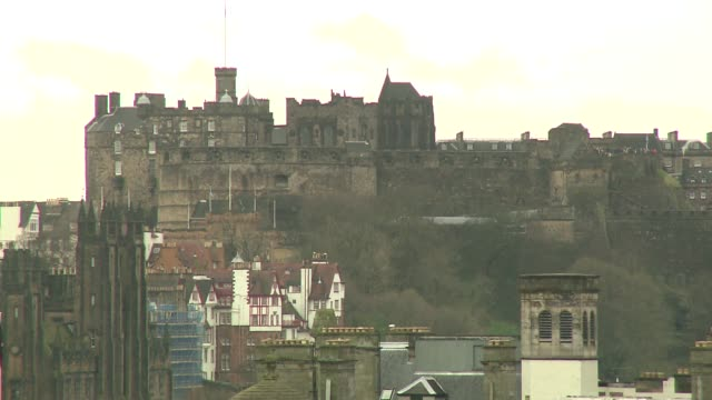 castle in edinburgh - fortress stock videos & royalty-free footage