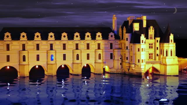 vídeos de stock e filmes b-roll de castelo à noite no rio em - palace