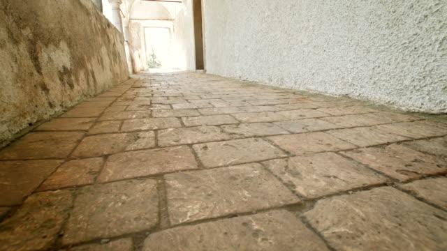 HD DOLLY: Castle Open Corridor