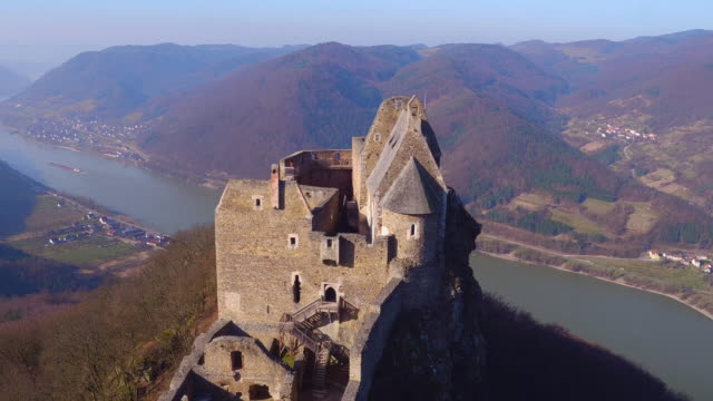 castle ruins of aggstein - wachau (aerial shot 4k) - castle stock videos & royalty-free footage