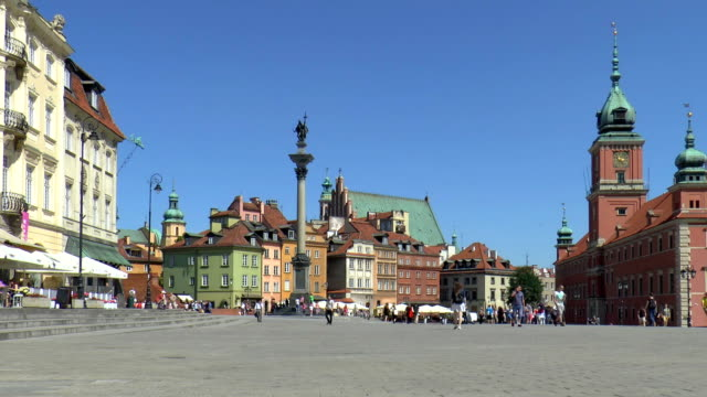 castle square - warsaw, poland - old town stock videos & royalty-free footage