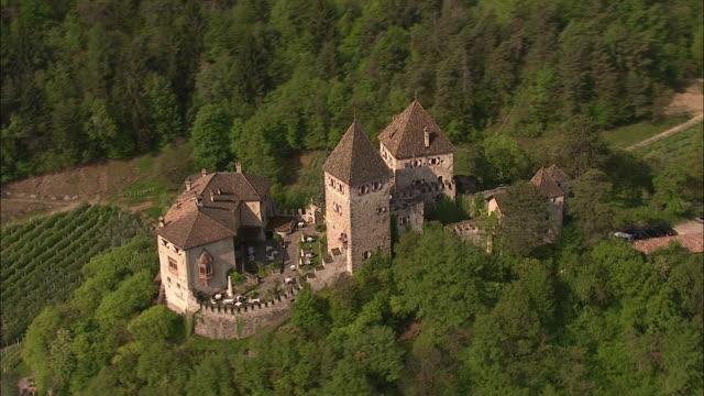 vidéos et rushes de castles, südtirol - château