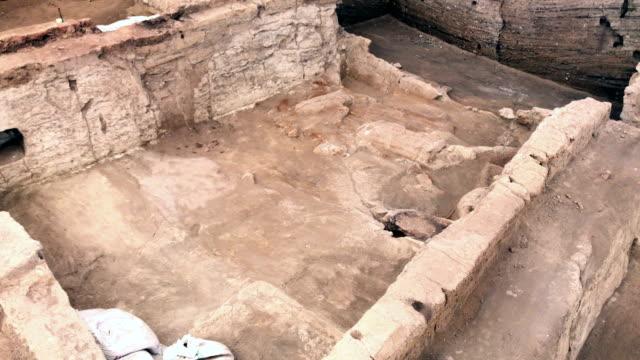 catalhoyuk in konya - ancient civilisation stock videos & royalty-free footage