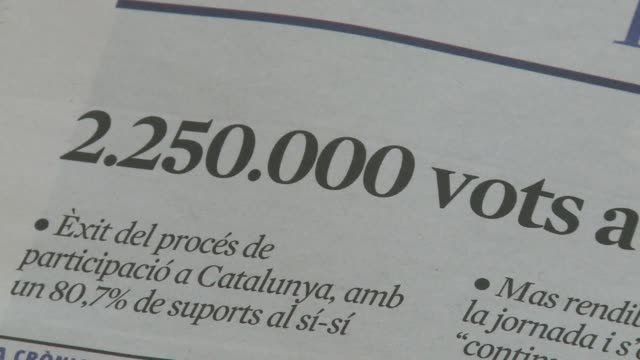 vídeos de stock e filmes b-roll de catalonias nationalist government vows to step up its secession drive after over two million people voted on sunday in a symbolic independence... - independência