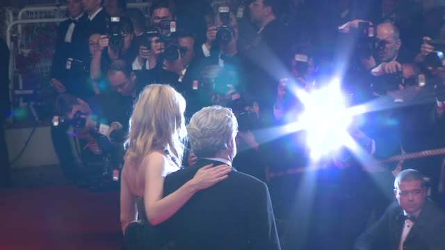 vídeos de stock, filmes e b-roll de cate blanchett and george lucas at the indiana jones and the kingdom of the crystal skull in cannes on may 20 2008 - george lucas