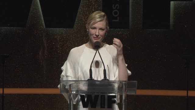 stockvideo's en b-roll-footage met speech cate blanchett at 2014 women in film crystal lucy awards presented by max mara bmw perrierjouet and south coast plaza at the hyatt regency... - century plaza