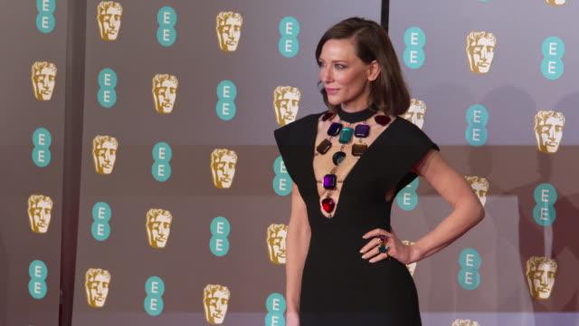 cate blanchett at ee british academy film awards 2019 at royal albert hall on february 10, 2019 in london, england. - ケイト・ブランシェット点の映像素材/bロール