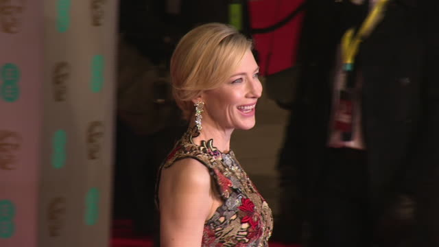 cate blanchett at the ee british academy film awards at the royal opera house on february 14, 2016 in london, england. - ケイト・ブランシェット点の映像素材/bロール