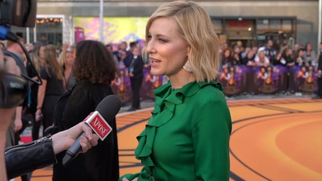 cate blanchett at 'the house with a clock in its walls' world premiere at westfield white city on september 5, 2018 in london, england. - ケイト・ブランシェット点の映像素材/bロール