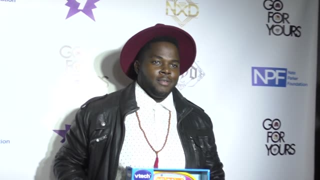 stockvideo's en b-roll-footage met catfish gean at the 9th annual manifest your destiny toy drive and fundraiser on december 05, 2016 in hollywood, california. - manifest destiny