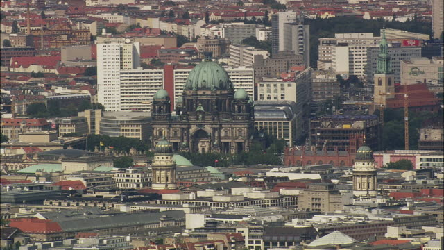 vidéos et rushes de aerial cathedral and view of berlin, brandeburg, germany - berlin