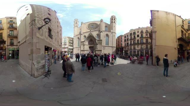 stockvideo's en b-roll-footage met cathedral del mar barcelona 360 degree video. old town gothic district. santa maria del mar church. vr equirectangular panorama - mar