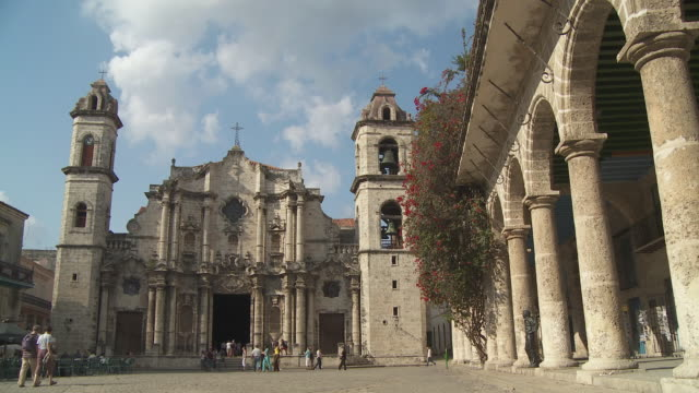 WS Cathedral of Havana and tourists in square / Havana, Cuba