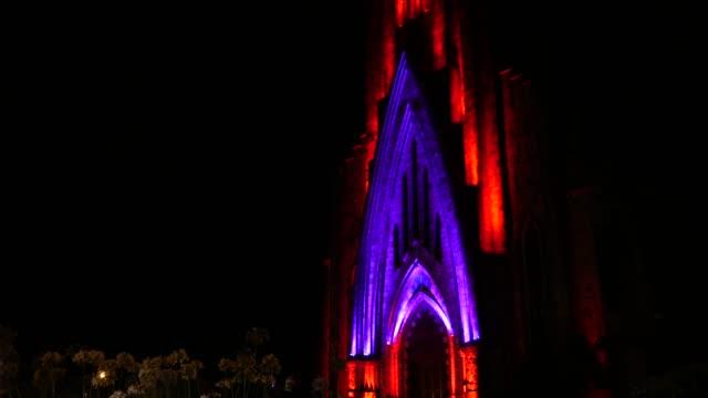 vídeos de stock, filmes e b-roll de catedral de nossa senhora de lourdes em canela, rio grande do sul, brasil à noite - monument