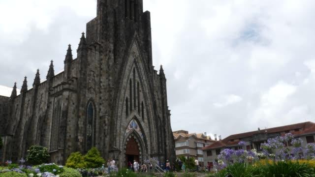 vídeos de stock, filmes e b-roll de catedral de nossa senhora de lourdes em canela, rio grande do sul, brasil - monument
