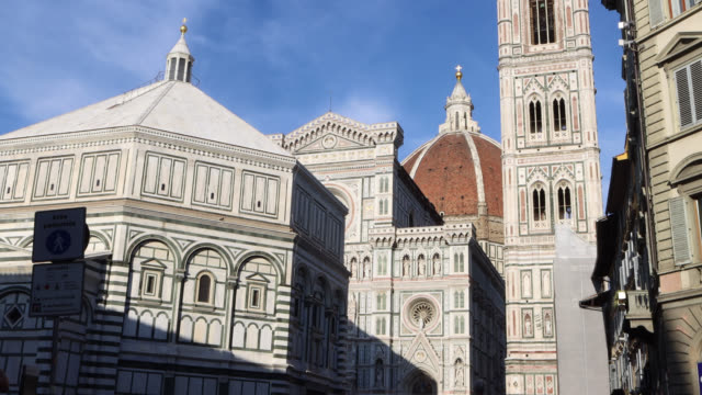 vidéos et rushes de cathedral of santa maria del fiore in florence - florence toscane