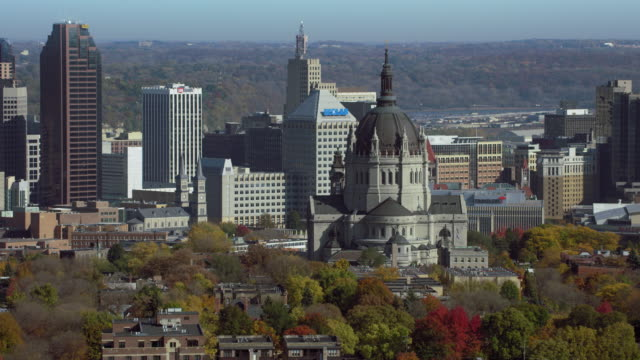 cathedral of st paul in city of st paul - saint paul stock-videos und b-roll-filmmaterial