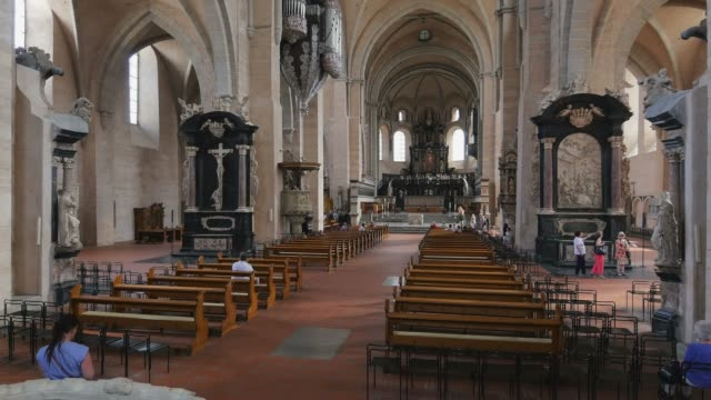 cathedral of st. peter, trier on moselle river, moselle valley, moselle, rhineland-palatinate, germany, europe - cathedral stock videos & royalty-free footage