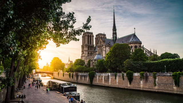 cathedrale notre-dame de paris - river seine stock videos & royalty-free footage