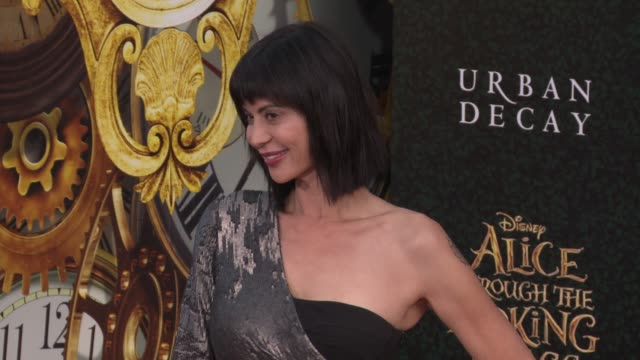 catherine bell at the alice through the looking glass los angeles premiere at the el capitan theatre on may 23 2016 in hollywood california - el capitan kino stock-videos und b-roll-filmmaterial