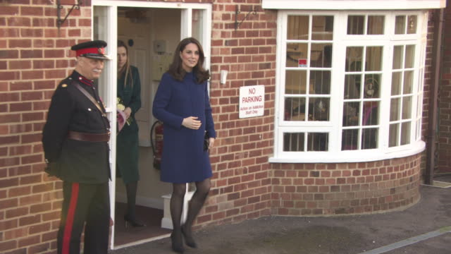 catherine duchess of cambridge leaving the opening action on addiction treatment centre at bafta on february 07 2018 in london england - herzogin stock-videos und b-roll-filmmaterial